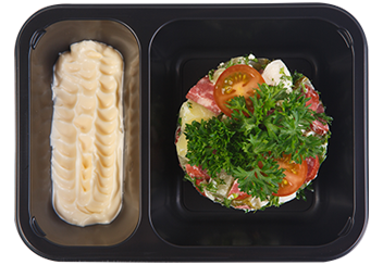 Баварский салат с колбасками