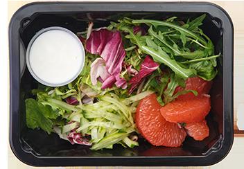 Овощной салат с грейпфрутом и  йогуртовой заправкой