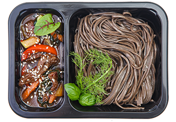 Стир-фрай из говядины и овощей с гречневой лапшой